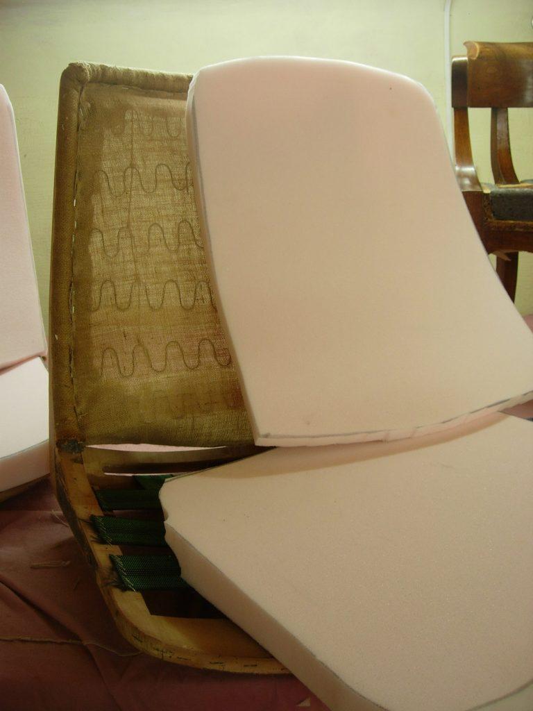 rénovation mousse fauteuil